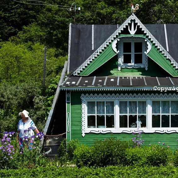 Fabrika de Case - Dacha, casa de vacanta a rusilor