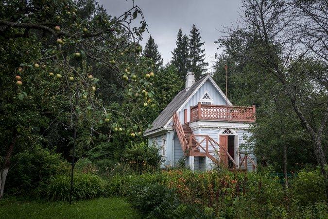 Fabrika de Case - Dacha in care a locuit scriitorul rus, Anton Cehov. In casa de la Melikhovo a fost scrisa celebra piesa Pescarusul