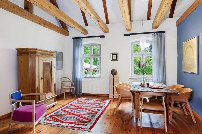Fabrika de Case - Imbinare de stiluri intr-o casa restaurata din Polonia
