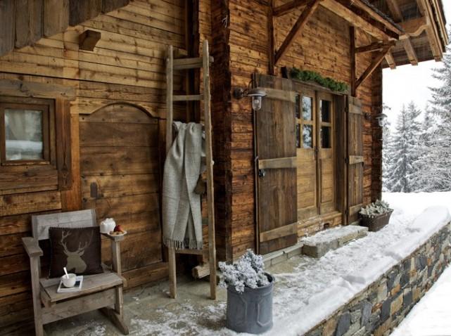 Fabrika de Case - Vechi hambar transformat in casa de vacanta