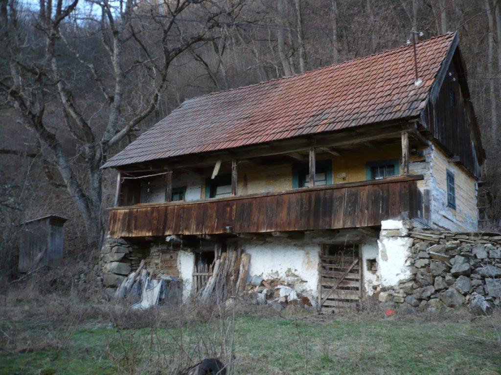 Fabrika de Case - Casa traditionala Apuseni
