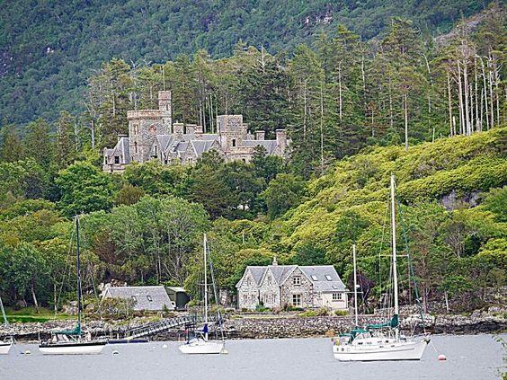 Fabrika de Case - Castelul Duncraig