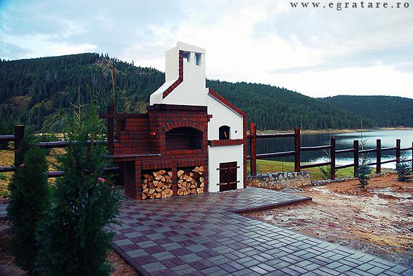 Fabrika de Case - www.egratare.ro