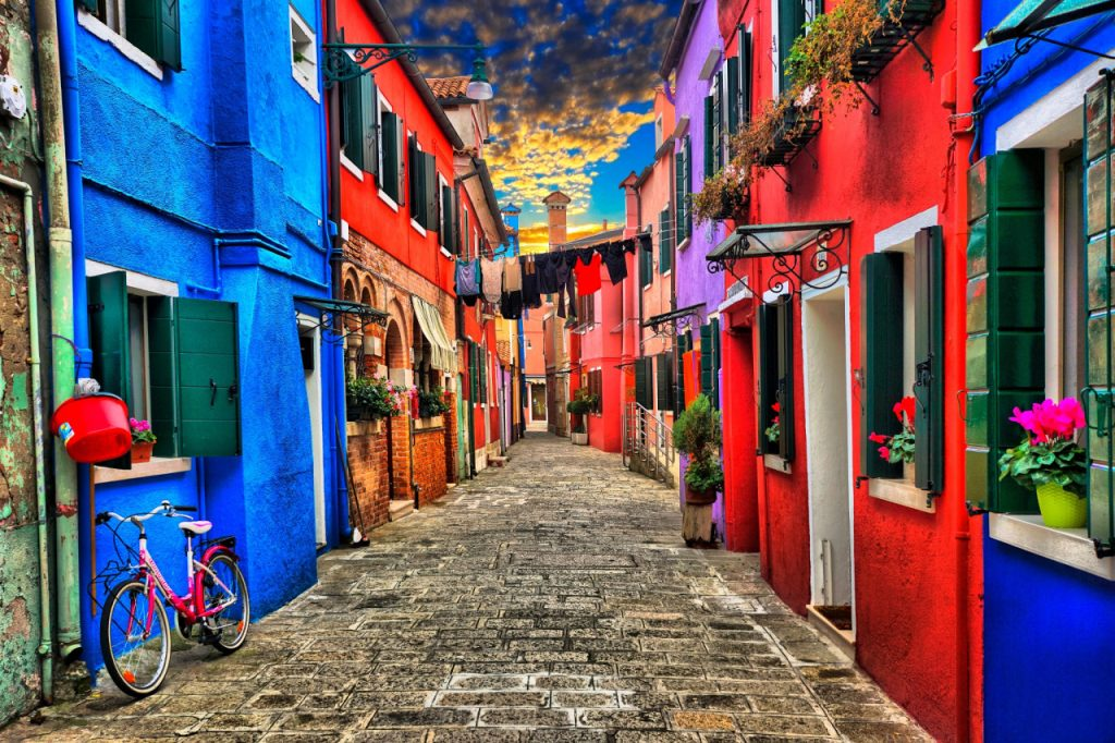 Fabrika de Case - Cele mai frumoase sate din lume - Burano, Italia