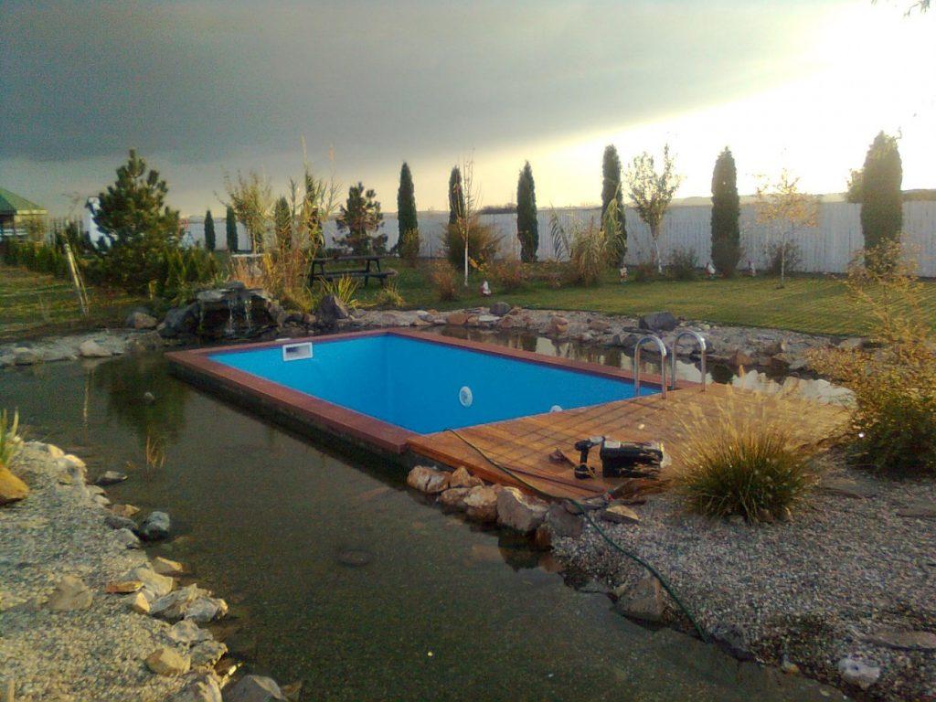 C t sco i din buzunar pentru a i construi o piscin vara aceasta fabrika de case - Cat costa o piscina in curte ...