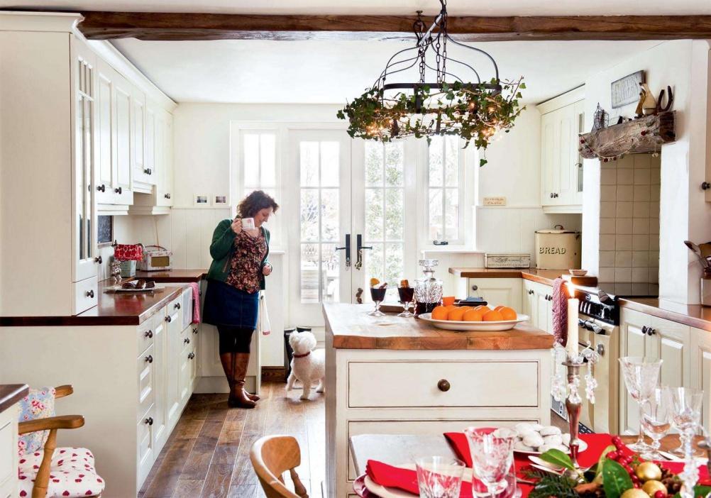 bucatarie casa decorata de Craciun