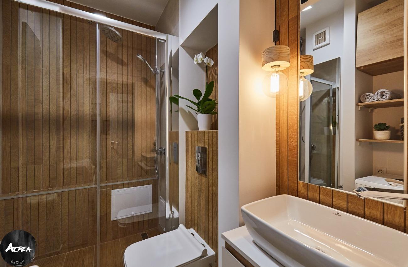 apartament modernizat în București, amenajare baie