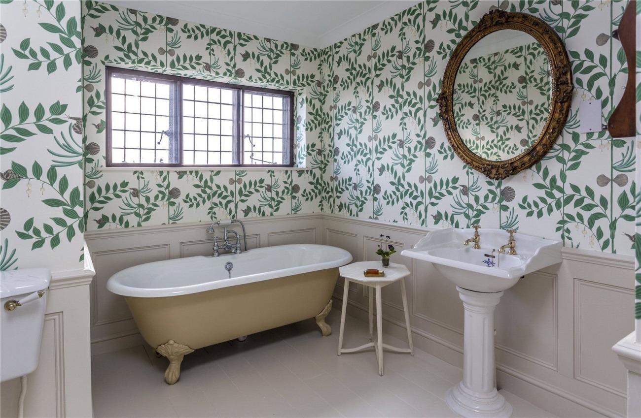 tapet baie în stil retro