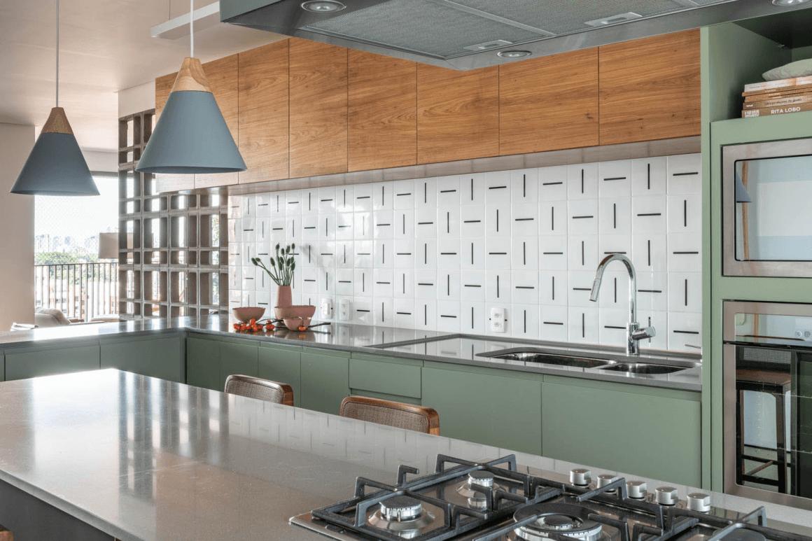 placarea pereților din bucătărie cu faianță