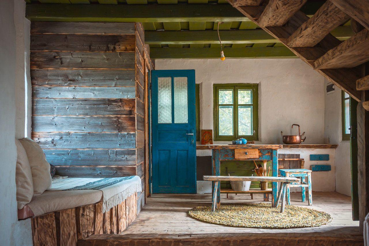 case la țară din lemn
